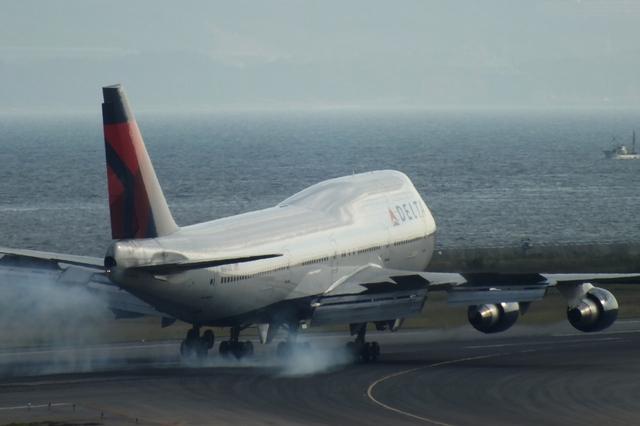 山河 彩さんが、関西国際空港で撮影したデルタ航空 747-451の航空フォト(飛行機 写真・画像)