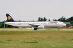 ゴンタさんが、フランクフルト国際空港で撮影したルフトハンザドイツ航空 A321-131の航空フォト(飛行機 写真・画像)