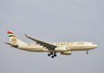 tomo@Germanyさんが、成田国際空港で撮影したエティハド航空 A330-243の航空フォト(写真)