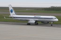 もぐ3さんが、新潟空港で撮影したダリアビア航空 Tu-214の航空フォト(飛行機 写真・画像)