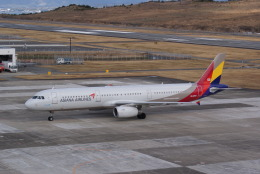 やってぃーさんが、南紀白浜空港で撮影したアシアナ航空 A321-231の航空フォト(飛行機 写真・画像)