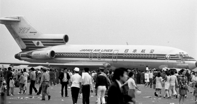 日本航空 Boeing 727-100 JA8307...