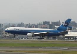 シロクマパパさんが、福岡空港で撮影したアビエント・アビエーション DC-10-30CFの航空フォト(飛行機 写真・画像)