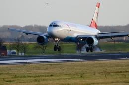航空フォト:OE-LBW オーストリア航空 A320