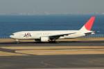アイスコーヒーさんが、羽田空港で撮影した日本航空 777-246の航空フォト(写真)