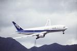 臨時特急7032Mさんが、啓徳空港で撮影した全日空 777-281の航空フォト(写真)