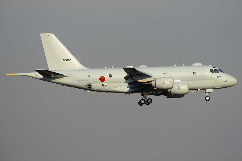 うめやしきさんの海上自衛隊 Kawasaki P-1 (5507) 航空フォト
