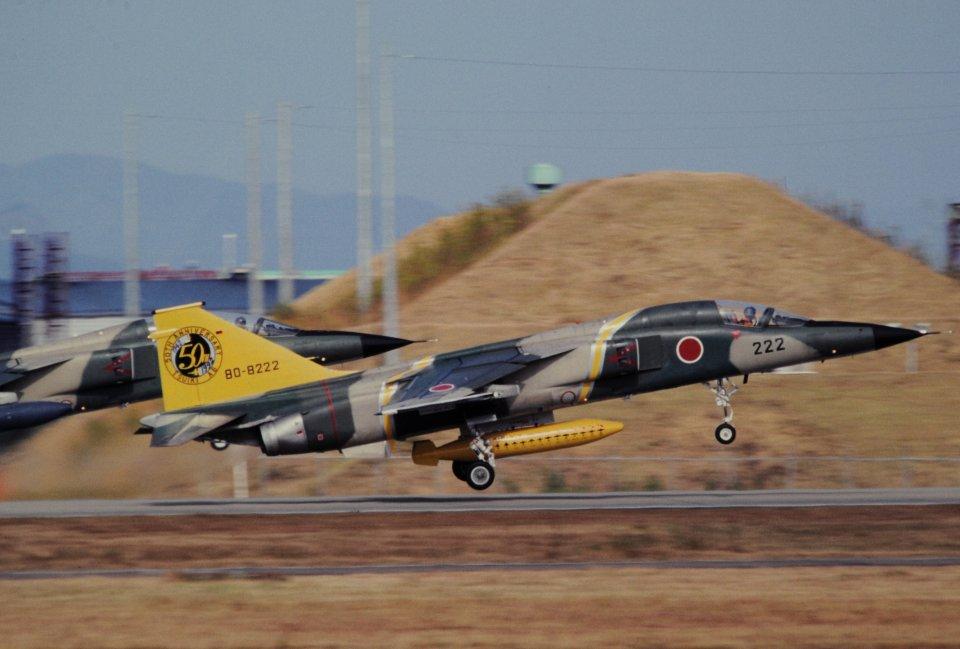 チャーリーマイクさんの航空自衛隊 Mitsubishi F-1 (80-8222) 航空フォト