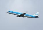 じーく。さんが、トゥールーズ・ブラニャック空港で撮影したKLMシティホッパー ERJ-190-100(ERJ-190STD)の航空フォト(飛行機 写真・画像)