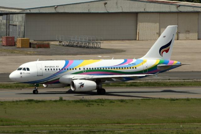 バンコクエアウェイズ Airbus A3...