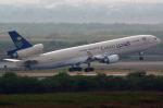 FlySwimmerさんが、スワンナプーム国際空港で撮影したサウジアラビア航空 MD-11Fの航空フォト(飛行機 写真・画像)