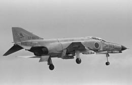 チャーリーマイクさんが、小松空港で撮影した航空自衛隊 F-4EJ Phantom IIの航空フォト(飛行機 写真・画像)