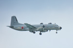 パンダさんが、那覇空港で撮影した航空自衛隊 YS-11A-402EBの航空フォト(写真)