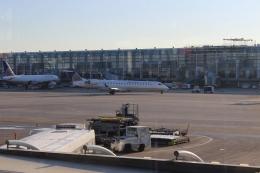 uhfxさんが、オヘア国際空港で撮影したゴージェット・エアラインズ CL-600-2C10 Regional Jet CRJ-702の航空フォト(飛行機 写真・画像)