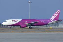 Scotchさんが、関西国際空港で撮影したピーチ A320-214の航空フォト(写真)