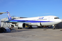 TKBKさんが、ツーソン国際空港で撮影した全日空 767-381の航空フォト(飛行機 写真・画像)