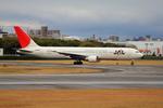 ふじいあきらさんが、伊丹空港で撮影した日本航空 767-346の航空フォト(写真)