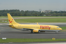 NIKEさんが、デュッセルドルフ国際空港で撮影したトゥイフライ 737-8K5の航空フォト(飛行機 写真・画像)
