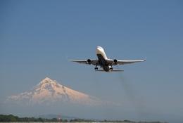 gunmano_kumasanさんが、ポートランド国際空港で撮影したデルタ航空 767-332/ERの航空フォト(写真)