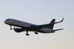 uhfxさんが、オーランド国際空港で撮影したデルタ航空 757-251の航空フォト(飛行機 写真・画像)