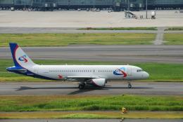 SHOさんが、羽田空港で撮影したウラル航空 A320-214の航空フォト(飛行機 写真・画像)