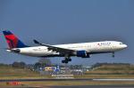 パンダさんが、成田国際空港で撮影したデルタ航空 A330-223の航空フォト(写真)