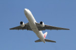 zard20thさんが、那覇空港で撮影した日本航空 777-246の航空フォト(写真)