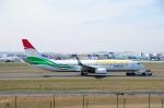 まいけるさんが、フランクフルト国際空港で撮影したサモン・エア 737-93Y/ERの航空フォト(写真)