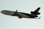 アイスコーヒーさんが、成田国際空港で撮影したUPS航空 MD-11Fの航空フォト(飛行機 写真・画像)