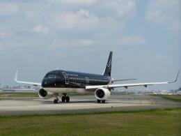 Kanatoさんが、福岡空港で撮影したスターフライヤー A320-214の航空フォト(飛行機 写真・画像)