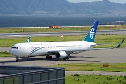 ヒデキチさんが、関西国際空港で撮影したニュージーランド航空 767-319/ERの航空フォト(飛行機 写真・画像)