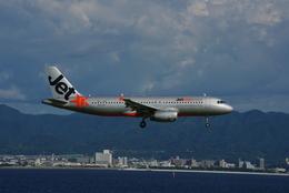 ヒデキチさんが、関西国際空港で撮影したジェットスター・アジア A320-232の航空フォト(飛行機 写真・画像)