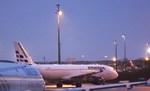 AirFranceDELTAさんが、パリ シャルル・ド・ゴール国際空港で撮影したストラテジック・エアラインズ A320-212の航空フォト(写真)