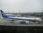 じょーまうすさんが、成田国際空港で撮影した全日空 767-381/ERの航空フォト(写真)
