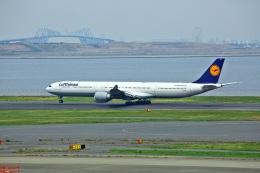 航空フォト:D-AIHU ルフトハンザドイツ航空 A340-600