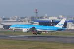 pringlesさんが、福岡空港で撮影したKLMオランダ航空 777-206/ERの航空フォト(写真)