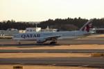 アイスコーヒーさんが、成田国際空港で撮影したカタール航空 777-2DZ/LRの航空フォト(飛行機 写真・画像)