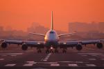 たっきーさんが、伊丹空港で撮影した全日空 747-481(D)の航空フォト(写真)