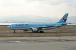 しんさんが、関西国際空港で撮影した大韓航空 A330-223の航空フォト(写真)