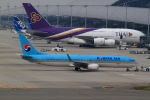 T.Sazenさんが、関西国際空港で撮影した大韓航空 737-9B5/ER の航空フォト(写真)