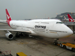 maverickさんが、香港国際空港で撮影したカンタス航空 747-438の航空フォト(写真)