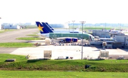 gunさんが、トゥールーズ・ブラニャック空港で撮影したスカイマーク A380-841の航空フォト(飛行機 写真・画像)