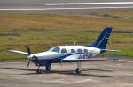 パンダさんが、八丈島空港で撮影した日本個人所有 PA-46-350P Malibu Mirageの航空フォト(飛行機 写真・画像)
