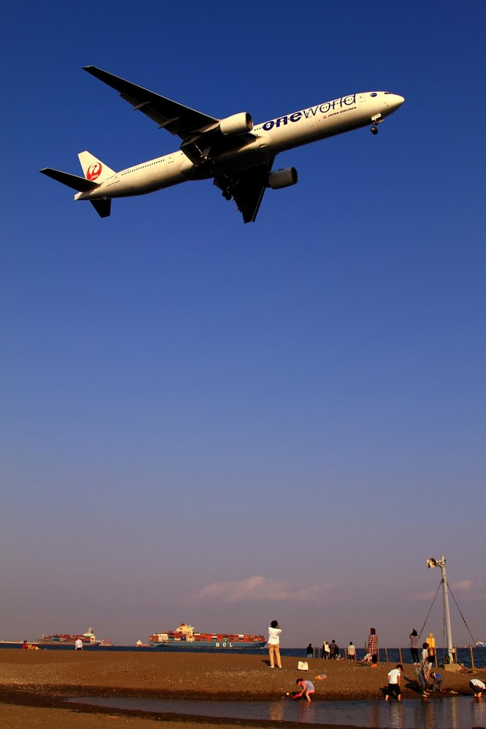 RUNDY!さんの日本航空 Boeing 777-300 (JA751J) 航空フォト