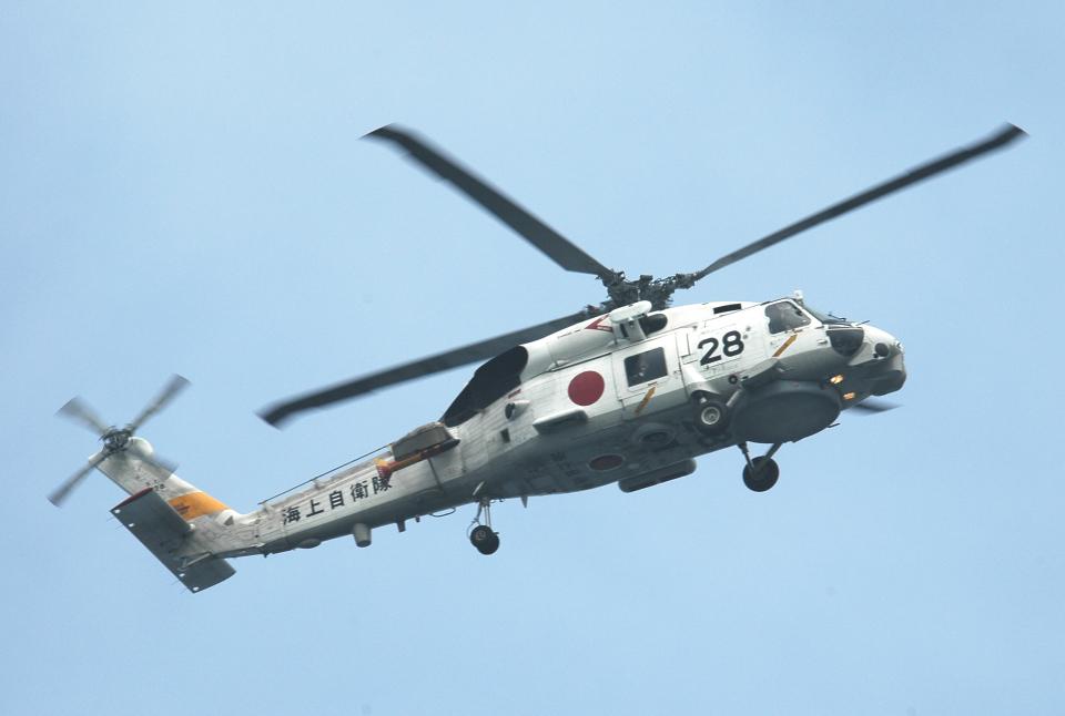 チャーリーマイクさんの海上自衛隊 Mitsubishi SH-60J (8228) 航空フォト