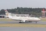 ANA744Foreverさんが、成田国際空港で撮影したエティハド航空 A330-243の航空フォト(飛行機 写真・画像)