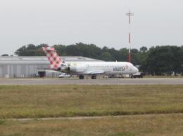 ktさんが、ナント・アトランティック空港で撮影したボロテア 717-2BLの航空フォト(飛行機 写真・画像)