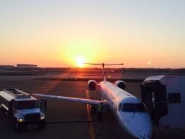 Constantfenixさんが、メンフィス国際空港で撮影したユナイテッド・エクスプレス ERJ-145LRの航空フォト(飛行機 写真・画像)