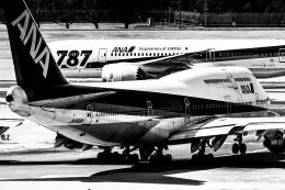 カヤノユウイチさんが、成田国際空港で撮影した全日空 747-481(D)の航空フォト(写真)