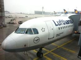 sky321さんが、フランクフルト・ハーン空港で撮影したルフトハンザドイツ航空 A321-231の航空フォト(飛行機 写真・画像)